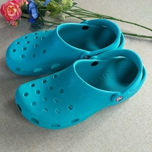 Crocs M 8 9 Teal Slip On Shoes Classic Water Clogs
